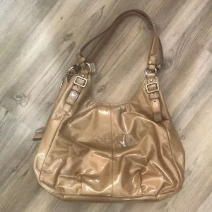 Coach Bags - ✨ Coach Madison Maggie Patent Leather